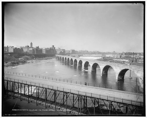 st-anthonys-falls-and-the-milling-district-minneapolis-minn-1900-lc