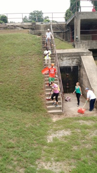 Cleaning the Mt. Vernon Battery on National Public Lands Day